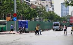 Cấm xe lưu thông làn chính giữa đường Hàm Nghi từ 9h ngày 24-12