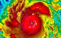 Giới khoa học vẫn 'chạy theo đuôi' bão nhiệt đới