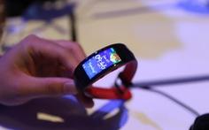 Gear Fit2 Pro: thiết bị đeo hỗ trợ thể thao chuẩn chuyên nghiệp