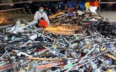 Tiêu hủy hơn 5.000 súng săn, súng tự vệ và công cụ hỗ trợ