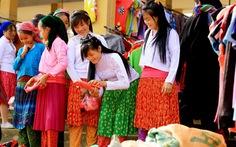 Du ngoạn Hà Giang, ngắm đồng bào đi chợ vùng cao