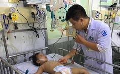 Nhiều trẻ nhiễm virút EV71 nguy hiểm