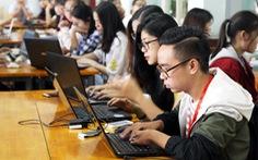 Sinh viên gặp khó khi làm thủ tục xác nhận sinh viên