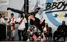 Góc khuất nghề vũ công - Đoản thọ tuổi nghề