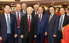 Hội nghị trung ương 8: Sẽ ra quy định mới về nêu gương