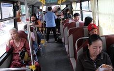Xe buýt trợ giá được đầu tư nhiều, khách vẫn giảm sâu