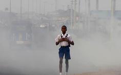 Hơn 90% trẻ em phải hít khí độc hằng ngày
