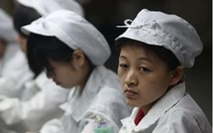 Sinh viên Trung Quốc tố bị nhà thầu của Apple buộc làm như robot