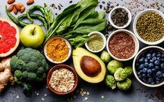 Thực phẩm chống viêm cho người bị đa xơ cứng