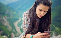 Giảm dùng mạng xã hội sẽ giảm trầm cảm và bớt cô đơn