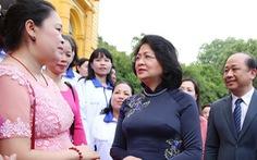 Phó chủ tịch nước tôn vinh giáo viên dạy trẻ khuyết tật
