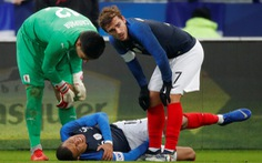 Pháp trả giá đắt cho chiến thắng trước Uruguay bằng chấn thương của Mbappe