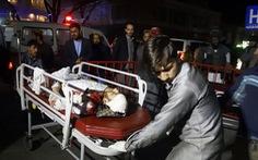 Đánh bom tự sát ở Afghanistan, hơn 50 người chết