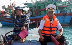 Trung tâm Hậu cần kỹ thuật đảo Sinh Tồn giúp ngư dân chống bão