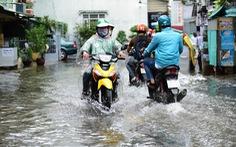 Đêm qua Sài Gòn hứng lượng mưa kỷ lục: 400mm