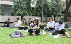 Trường đại học cho sinh viên nghỉ tết đến 49 ngày