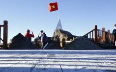 Sương muối phủ trắng đỉnh Fansipan