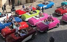 Tại sao những con đường ở Cuba có rất nhiều xe hơi cổ?