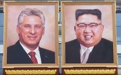Chân dung lãnh đạo Kim Jong Un trưng lớn dịp đón Cuba