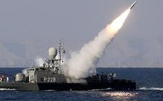 Iran trình làng tàu khu trục hiện đại tự đóng