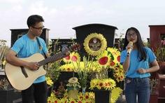 'Hãy yêu nhau đi' vang lên bên phần mộ Lê Thanh Thúy