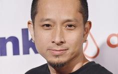 Đạo diễn Johnny Lee khoe giọng hát trong 'Messages'