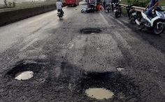'Không sửa đường kịp thời để xảy ra tai nạn thì các đồng chí ra tòa'