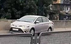 Tước bằng lái của tài xế đi lùi trên đường vành đai