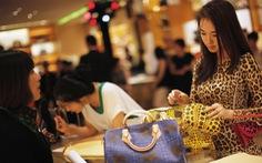 Phụ nữ Trung Quốc chi mạnh tay