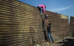 Viễn cảnh đóng cửa chính phủ Mỹ vẫn đang lơ lửng