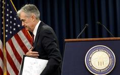 Chủ tịch Cục dự trữ liên bang Mỹ FED quyết tăng lãi suất, ông Trump bàn... đuổi việc