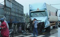 Cao tốc Đà Nẵng - Quảng Ngãi tê liệt vì tai nạn giao thông
