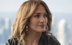 Jennifer Lopez: 50 chưa phải là già trong Second Act