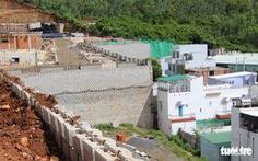 Rút giấy phép dự án Đồi Xanh nếu chủ đầu tư không phá 'tường thành' 12m