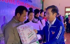 Trao vốn 'Tiếp sức nhà nông cho con đến trường' tại Sơn La