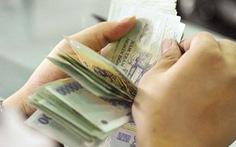 Giả 'sếp' ngân hàng và giả chữ ký, chiếm đoạt hàng trăm tỉ tiền gửi của khách