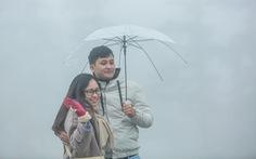 Gió đầu mùa tràn về, Hà Nội giảm 4-6 độ, Sa Pa xuống 10 độ C