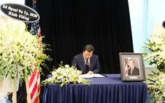 Lãnh đạo thành phố viếng cố tổng thống Mỹ Bush 'cha'