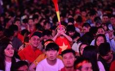 'Con thổi kèn ở Sài Gòn, mấy chú ở Mỹ Đình nghe được không?'
