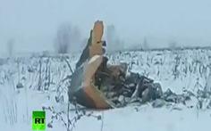 Hình ảnh đầu tiên của máy bay Nga rơi làm 71 người thiệt mạng
