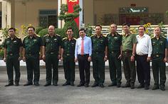 Chủ tịch UBND TP.HCM thăm, chúc tết lực lượng vũ trang