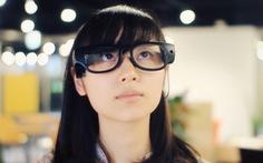 Nhật Bản phát triển kính thông minh chuyển đổi hình ảnh thành giọng nói