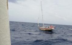 Video hành trình cứu tay chơi thuyền buồm Mỹ trên Biển Đông