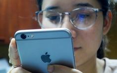 TAND TP.HCM không thụ lý vụ kiện Apple làm chậm Iphone