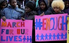 Học sinh Mỹ hét 'đã quá đủ' với bạo lực súng đạn
