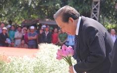504 đóa hồng chia sẻ nỗi đau 50 năm thảm sát Sơn Mỹ