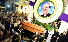 Đức Tổng giám mục Phaolo Bùi Văn Đọc: Con người của yêu thương