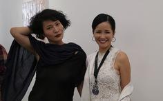 Li Lam ra mắt bộ thiết kế Lam Blanc cảm hứng từ sen trắng