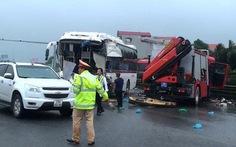 Cho xe cứu hỏa chạy ngược chiều vì tính khẩn cấp ngăn thiệt hại