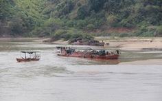 Cấm khai thác cát hàng chục điểm sạt lở nghiêm trọng